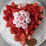 Crostata di Fragole e Bouquet Rose